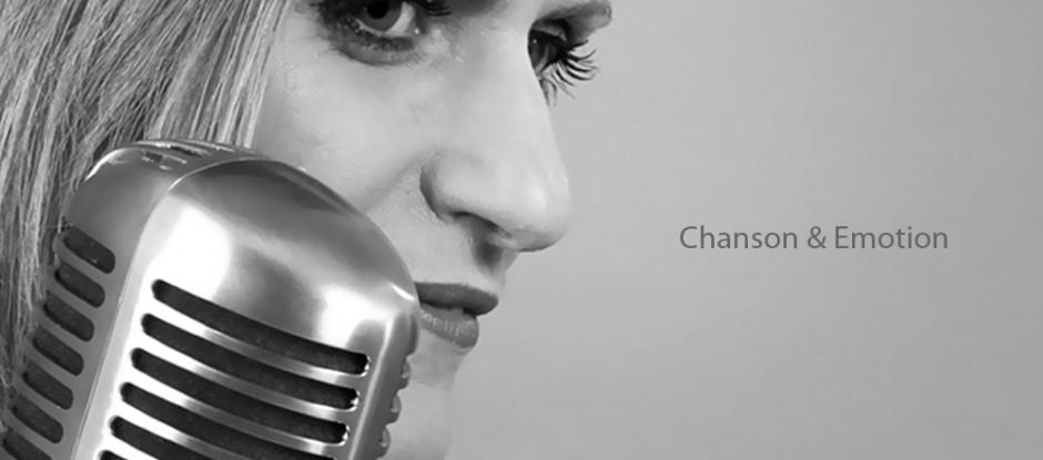 Chanteuse-Voix Off